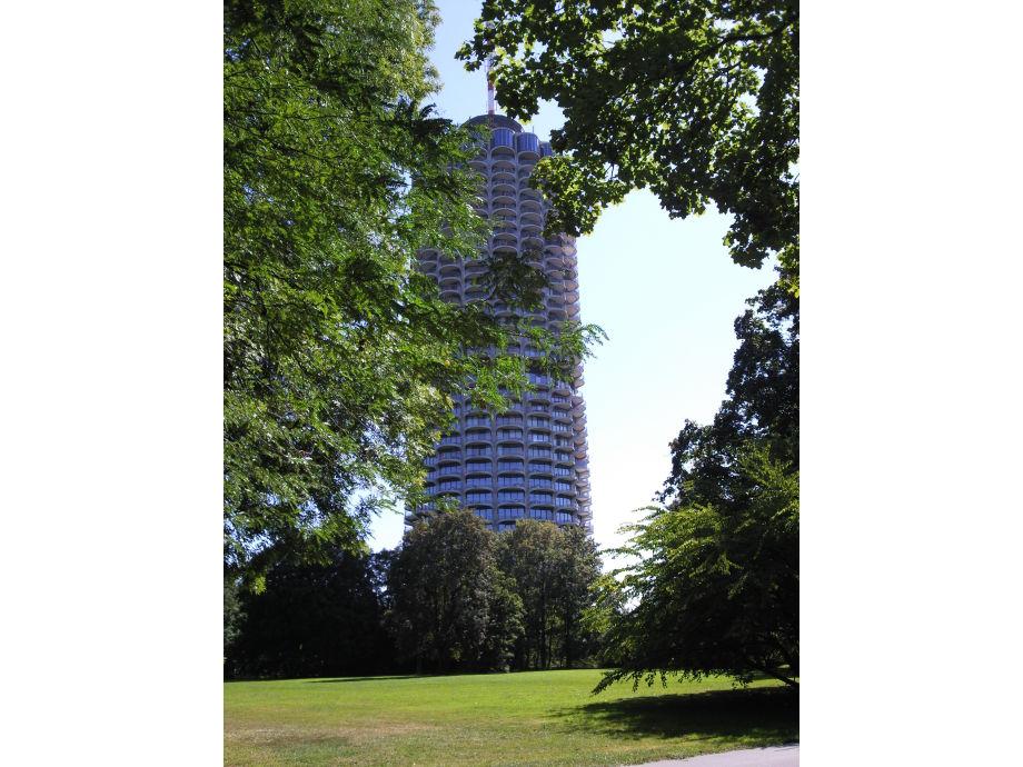 Außenansicht des Hotelturms