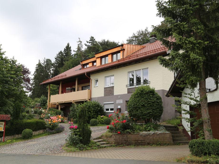 Außenaufnahme 2 Haus am Waldesrand