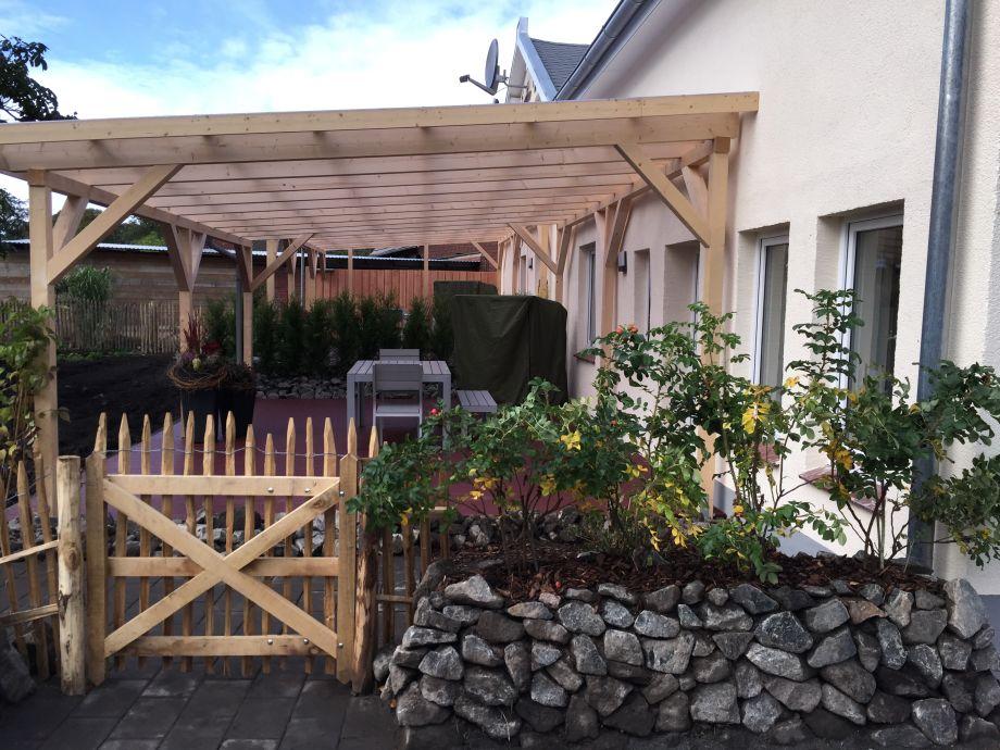 Terrasse Landhaus Cappel & Fewo (getrennt)