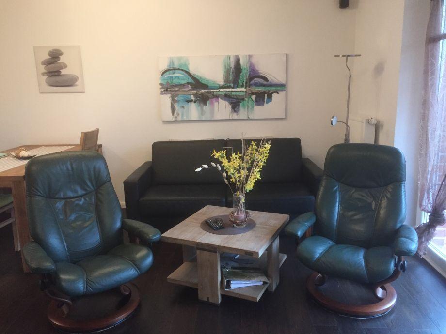 Wohnbereich mit edlen Stressless-Sesseln