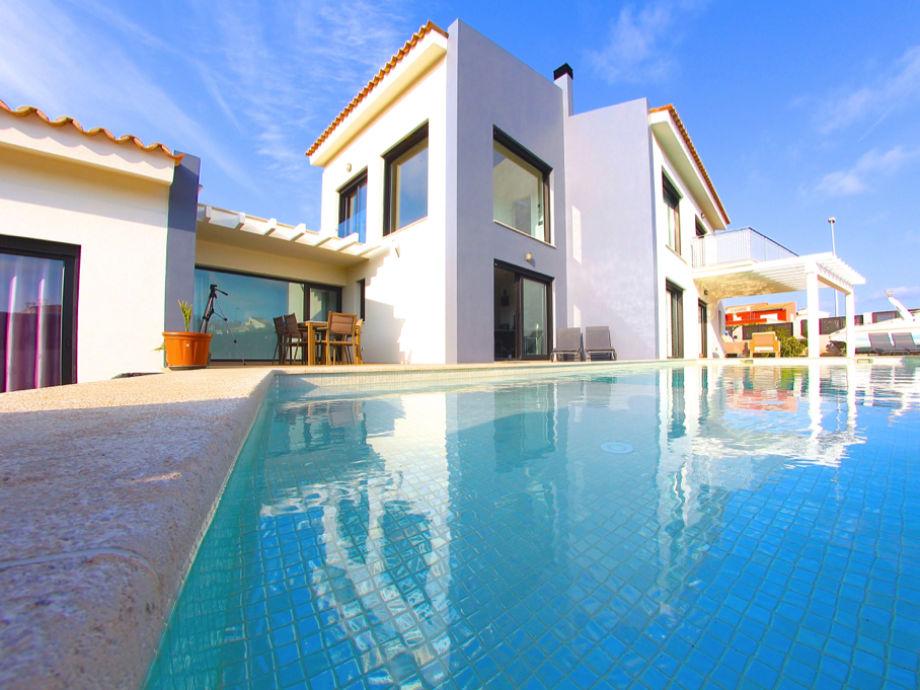Die Villa mit Salzwasserpool