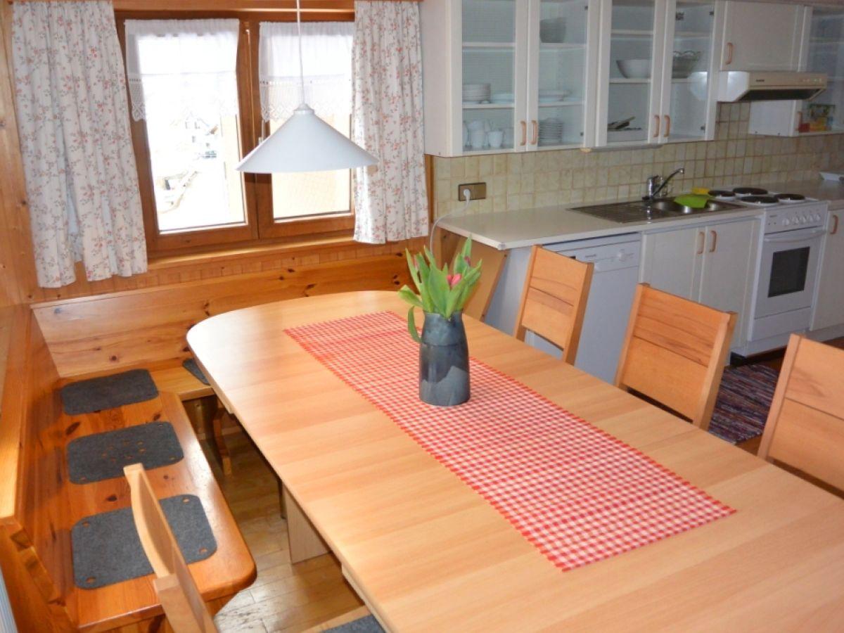 ferienhaus arnika vorarlberg frau marion b r. Black Bedroom Furniture Sets. Home Design Ideas