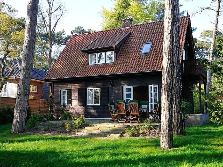 Ferienhaus mit einer Terrasse