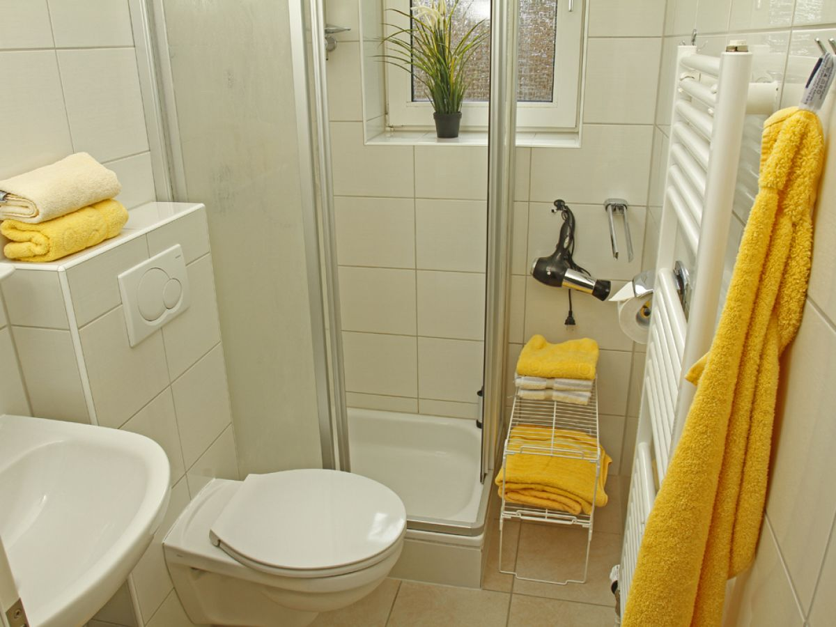 pier 12 ferienwohnung nr 4 cuxhaven duhnen firma abakus verwaltungsgesellschaft mbh frau. Black Bedroom Furniture Sets. Home Design Ideas
