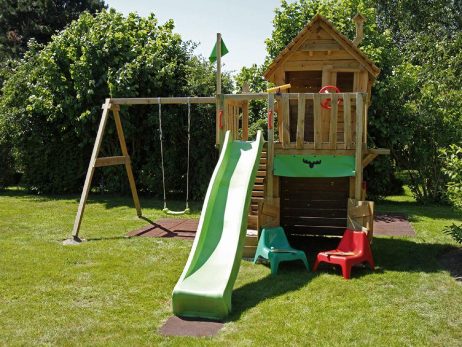 pier 12 ferienwohnung nr 5 cuxhaven duhnen firma abakus verwaltungsgesellschaft mbh herr. Black Bedroom Furniture Sets. Home Design Ideas