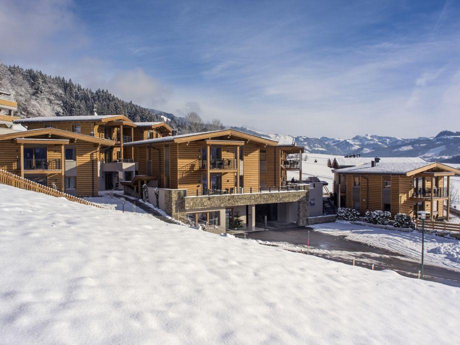 Resort Tirol Außenansicht Winter