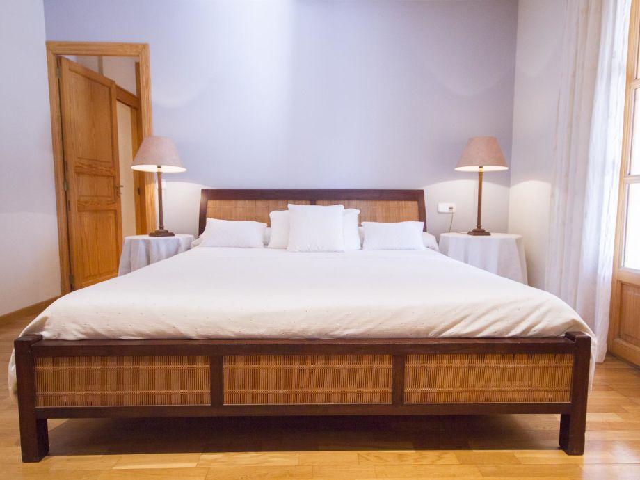 landhaus vall de mossa mallorca valldemossa firma obermayr mallorca ferienvermietung frau. Black Bedroom Furniture Sets. Home Design Ideas