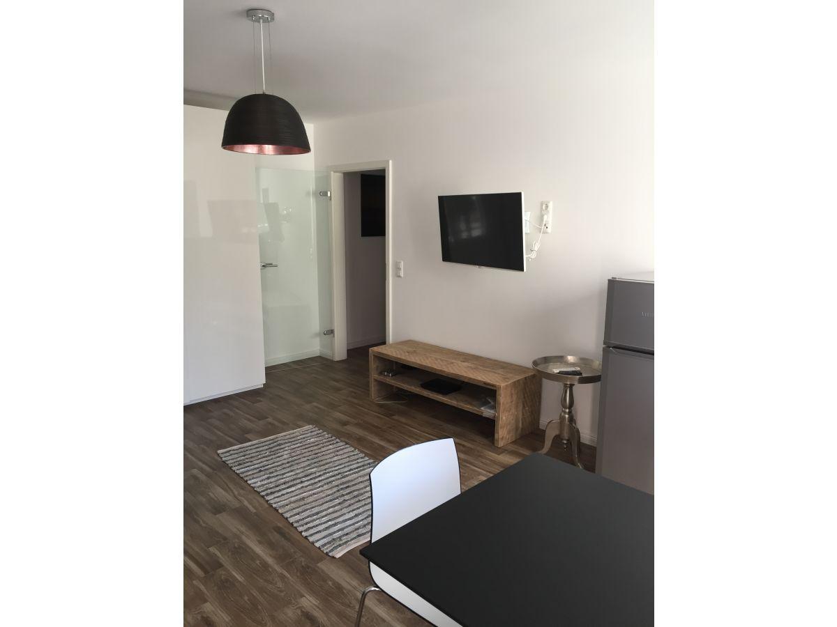 ferienwohnung in m nchen schwabing in zentraler lage m nchen bayern voralpenland frau petra. Black Bedroom Furniture Sets. Home Design Ideas