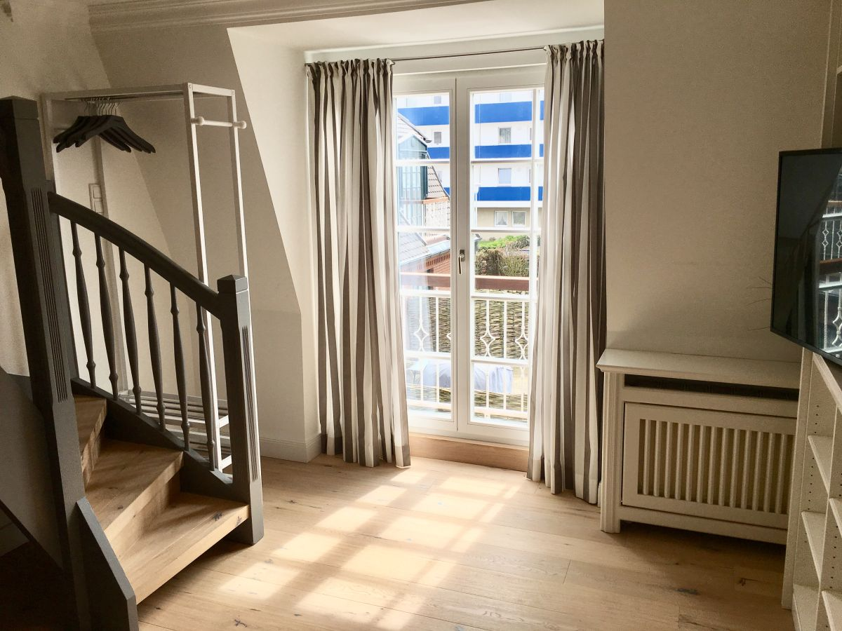 apartment austernachter westerland firma different living apartment vermietung herr samid ratke. Black Bedroom Furniture Sets. Home Design Ideas