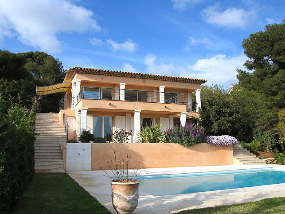 The Villa with pool