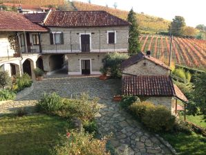 Holiday apartment Cascina Marenco