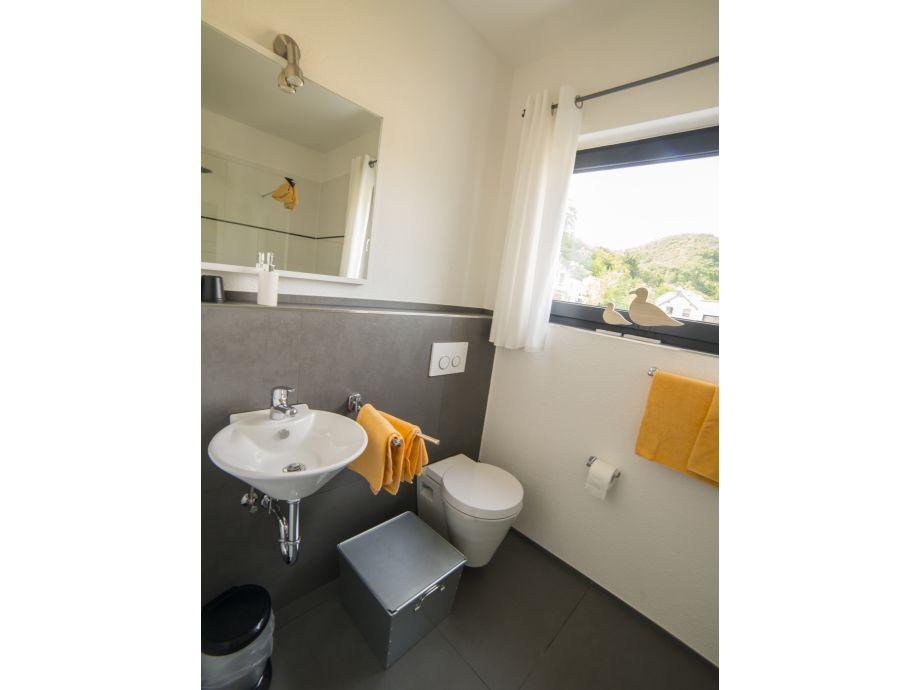 Ferienwohnung alzbachbett sonnige untermosel herr klaus - Badezimmer 15qm ...