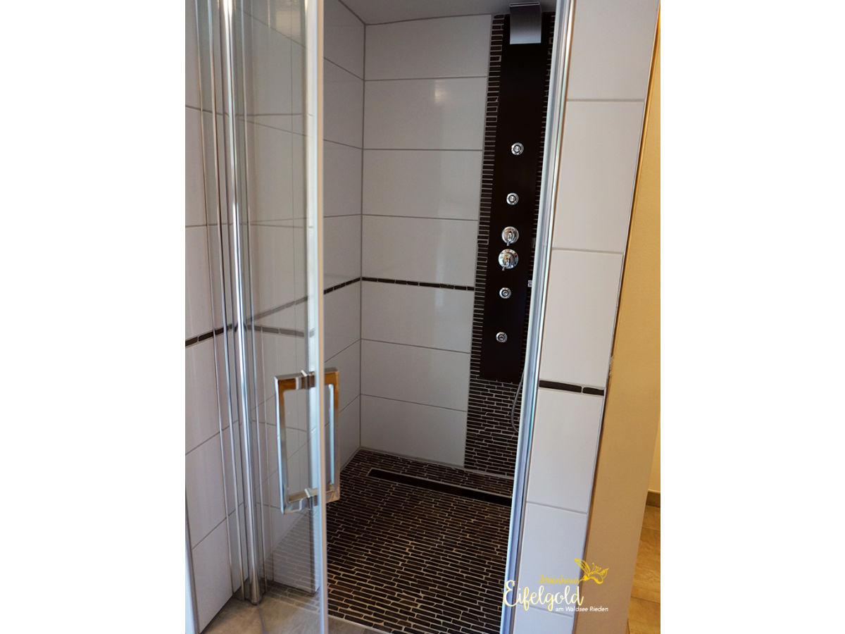 ferienwohnung seeseite im haus eifelgold rieden eifel firma eifel see. Black Bedroom Furniture Sets. Home Design Ideas