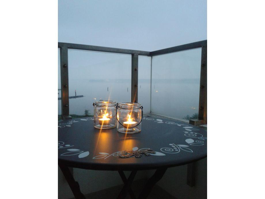Abends auf dem Balkon
