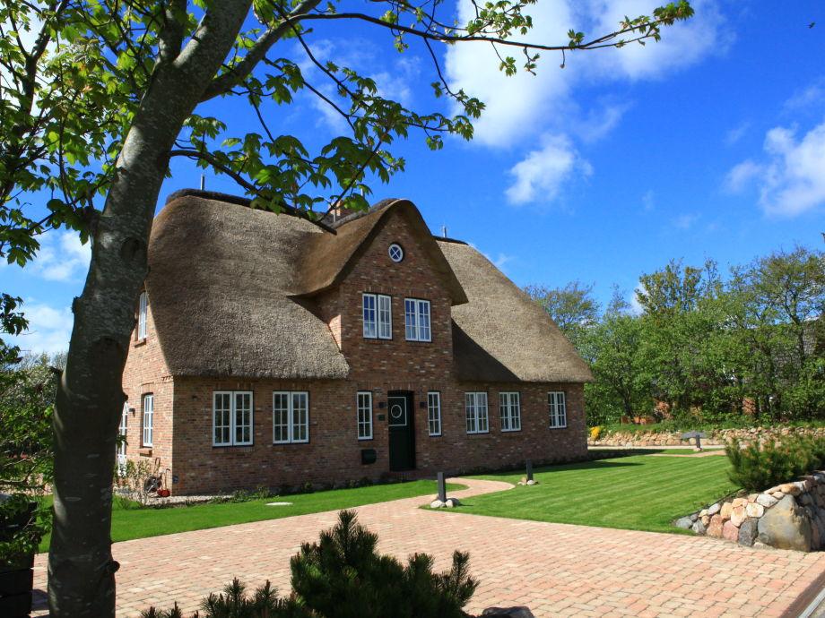 Haus Traumfänger - schönes Reetdachdoppelhaus