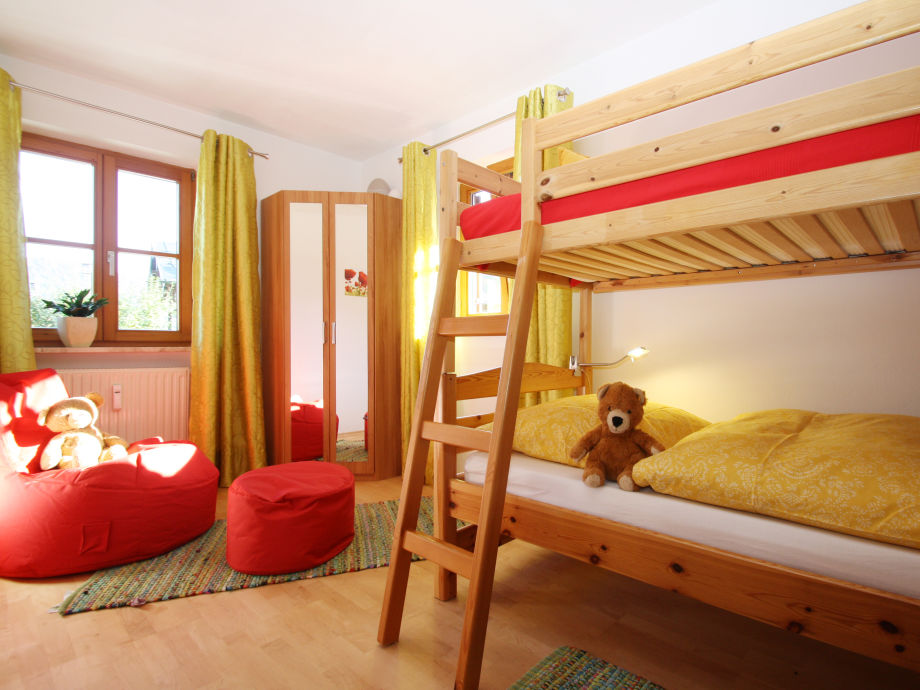 Ferienwohnung sonnenschein haus eckhardt chiemgau reit for Kinderzimmer zu voll