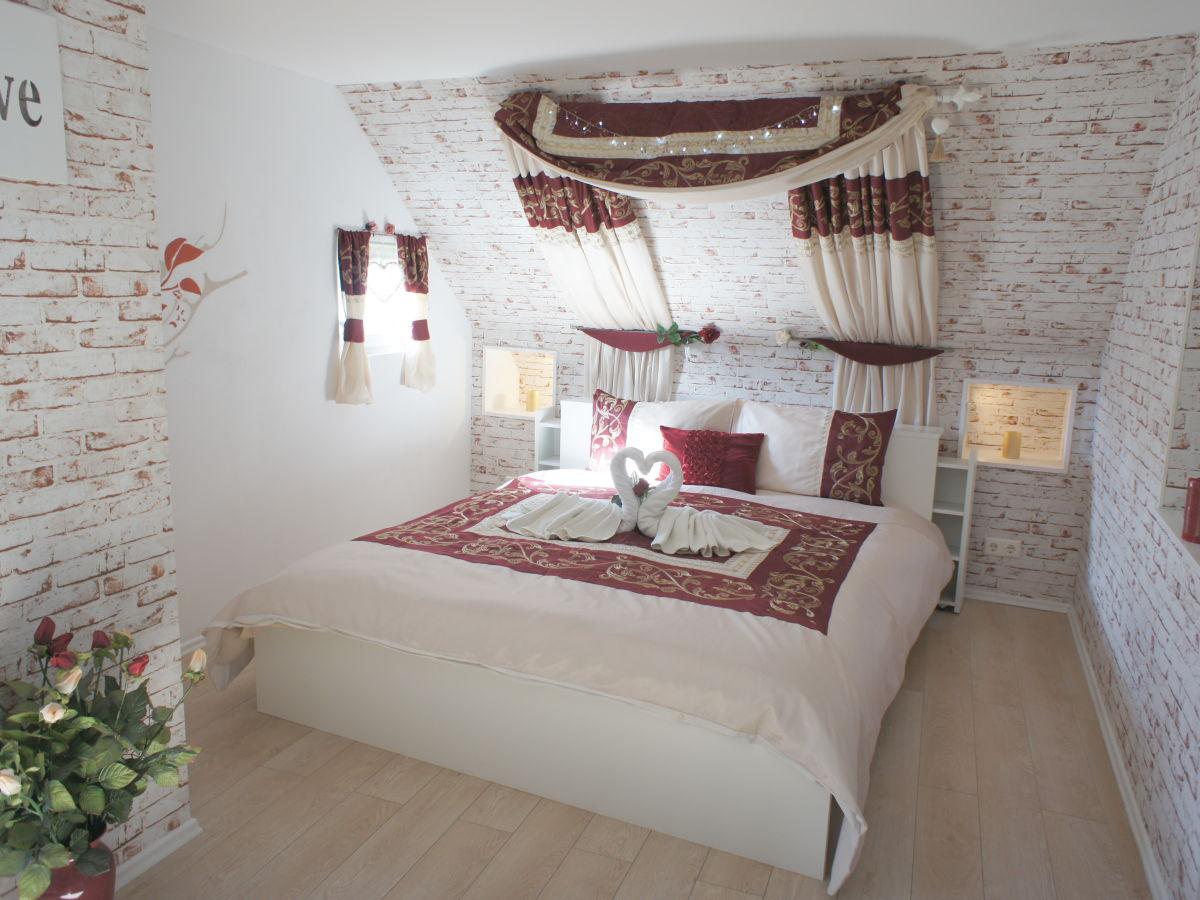 Unglaublich Romantisches Schlafzimmer ~ Ferienhaus eifel romantica frau cornelia tegeler