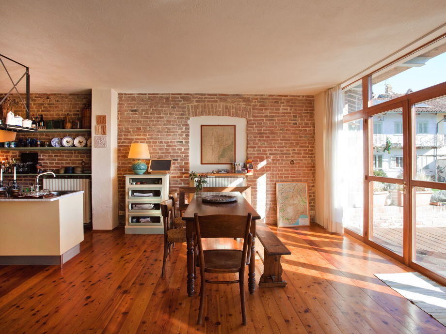 ferienhaus cascina le roasine piemont frau ute ludwig garetto. Black Bedroom Furniture Sets. Home Design Ideas