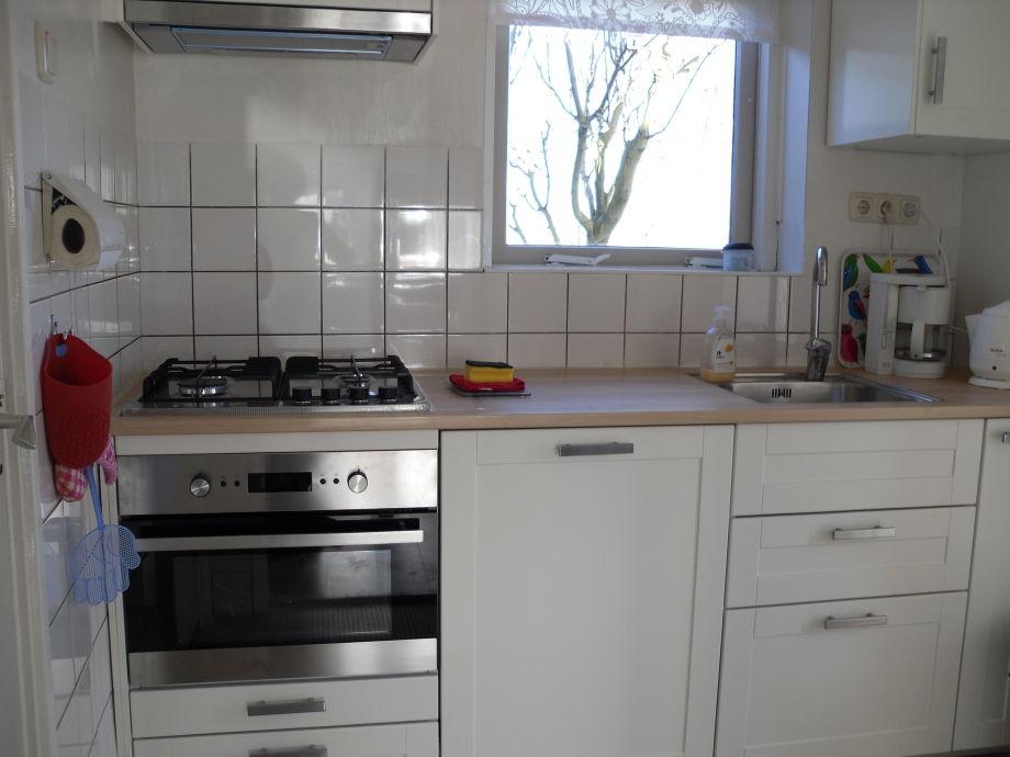 Küche Mit Waschmaschine Und Spülmaschine : ferienwohnung kievit schoorl aan zee frau dini wijninga pel ~ Watch28wear.com Haus und Dekorationen