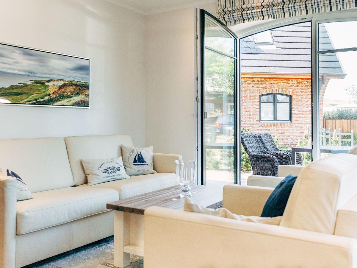 ferienwohnung pinta westerland firma apartmentvermittlung wiking frau dominique arnold. Black Bedroom Furniture Sets. Home Design Ideas