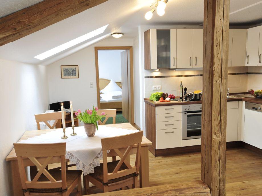 Küche mit Essecke