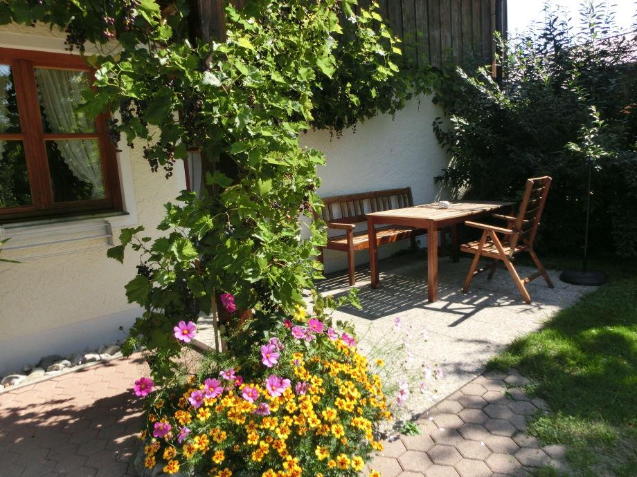 Terrasse der Ferienwohnung 2