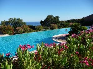Ferienwohnung Arbousiers, Les Issambres mit Meerblick und Pool