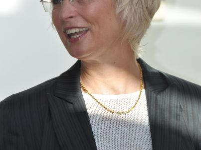 Ihr Gastgeber Andrea Hansen