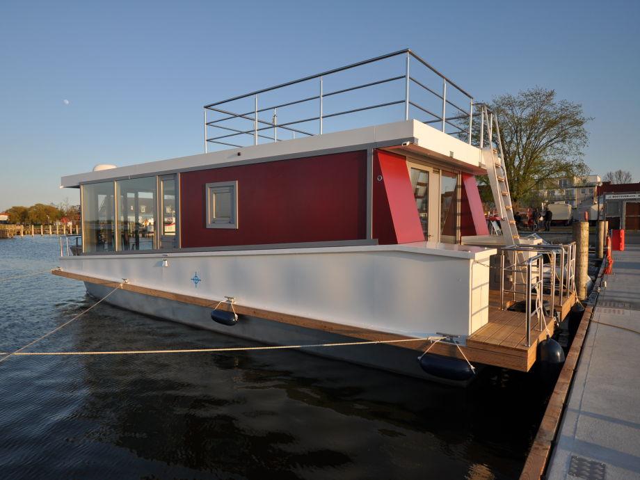 hausboot wellenreiter nr 2 ostsee fischland dar zingst. Black Bedroom Furniture Sets. Home Design Ideas