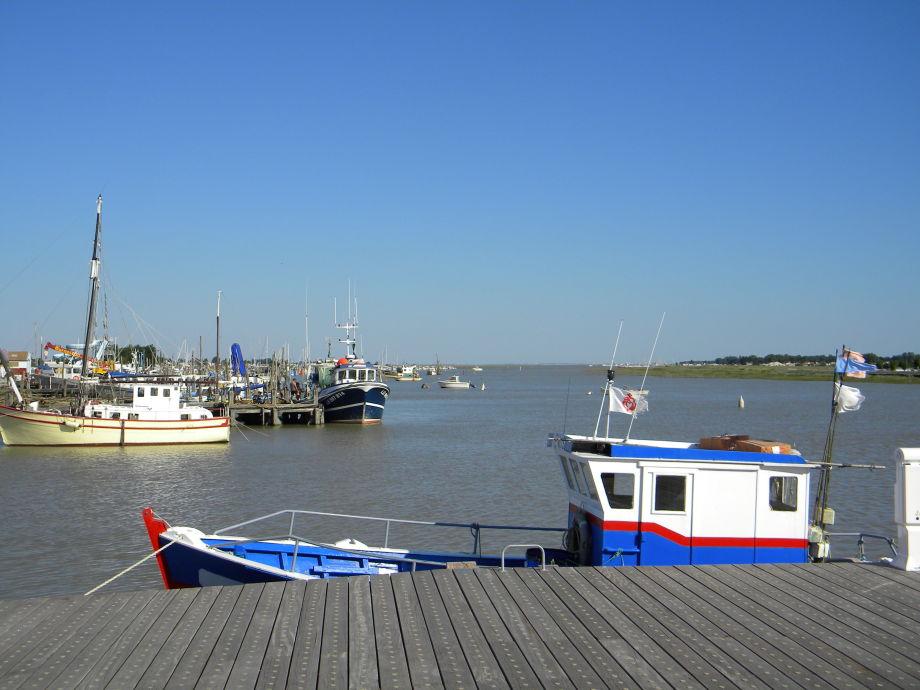 Ferienhaus 61 vende la tranche sur mer firma au bord for Garage peugeot la tranche sur mer