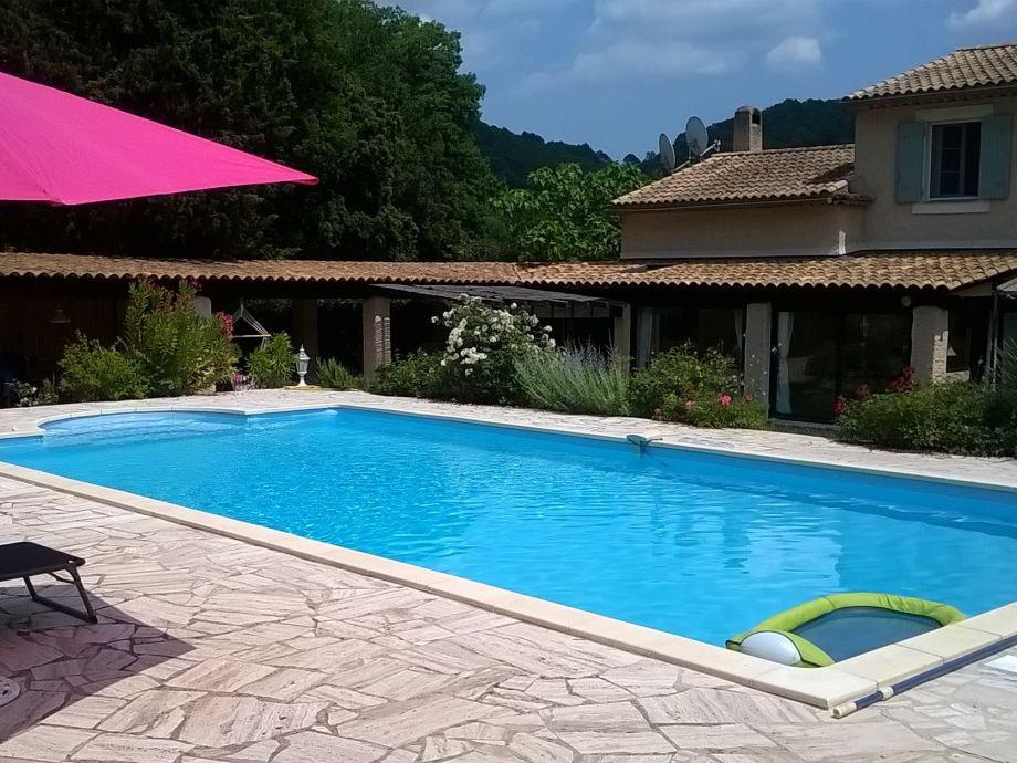 Pool 10x5 m