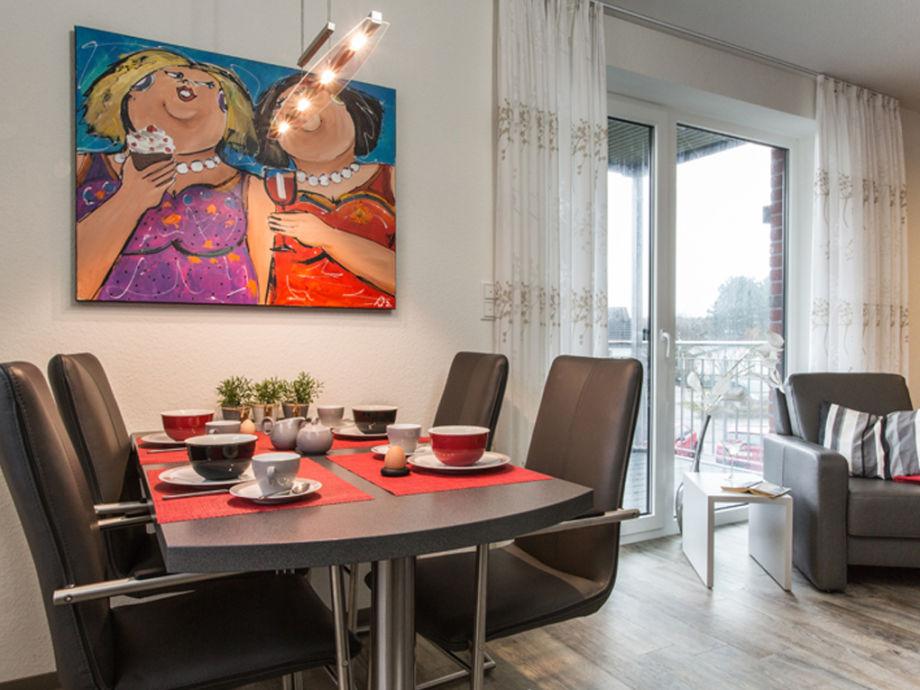 Modernes Wohn-/Esszimmer