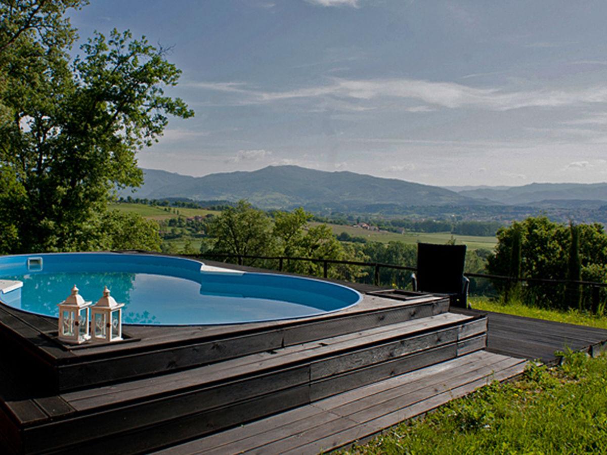 ferienhaus mit pool in der toskana toskana italien arezzo florenz casentono tal firma ferien. Black Bedroom Furniture Sets. Home Design Ideas