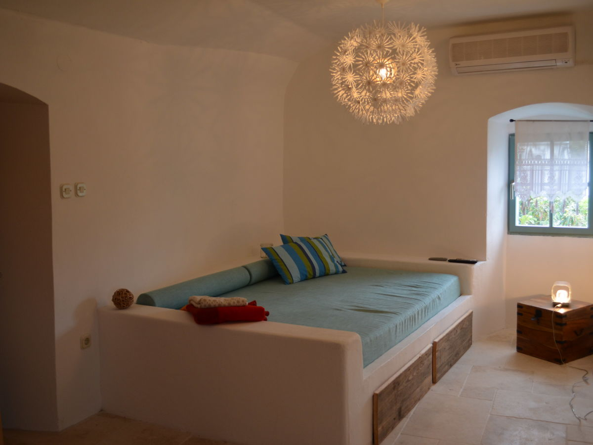 landhaus rialto insel losinj kvarner bucht herr robert. Black Bedroom Furniture Sets. Home Design Ideas