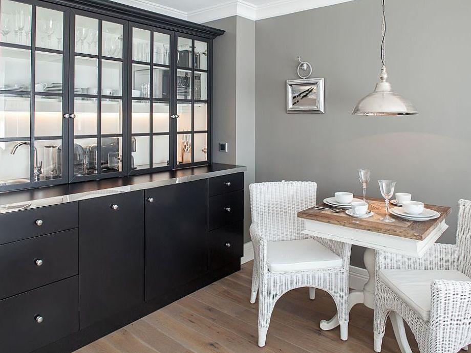 apartment suitehotel windhuk suite 15 sylt westerland firma appartementvermittlung. Black Bedroom Furniture Sets. Home Design Ideas