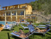 Ferienwohnung Residenz Rosmari Studio am Pool mit Terrasse