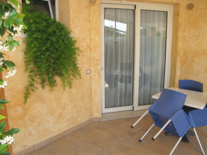 Residenz Rosmari 2-Zimmer-Whg am Pool mit Terrasse