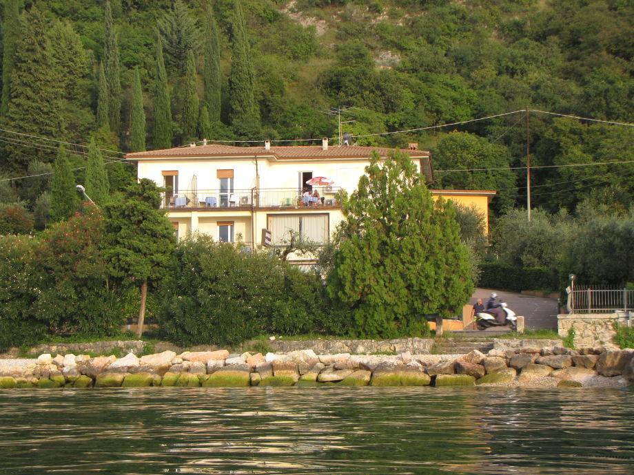 Ferienwohnung Family Haus B&B delle Rose am See