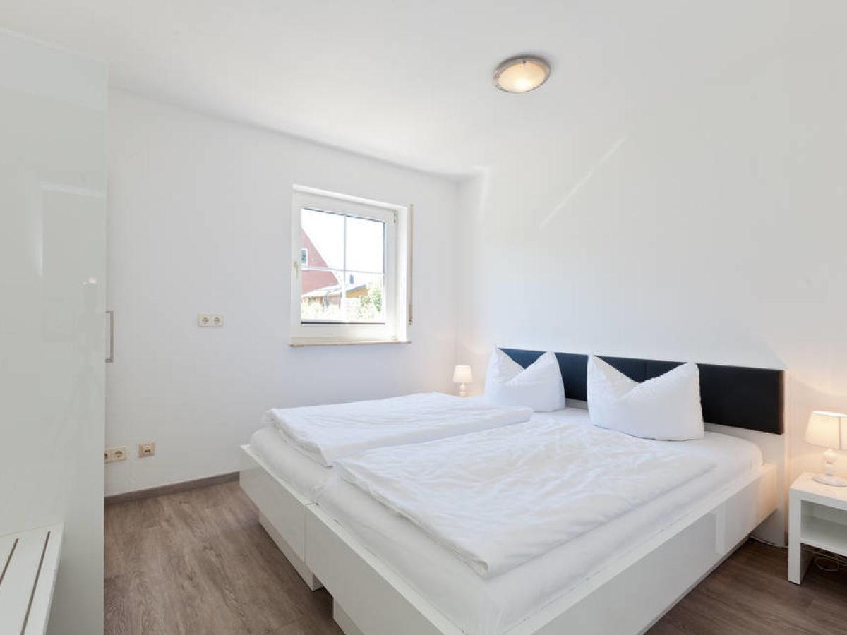 Ferienwohnung Nordhelm-Eck 6 Oben, Norderney, Firma