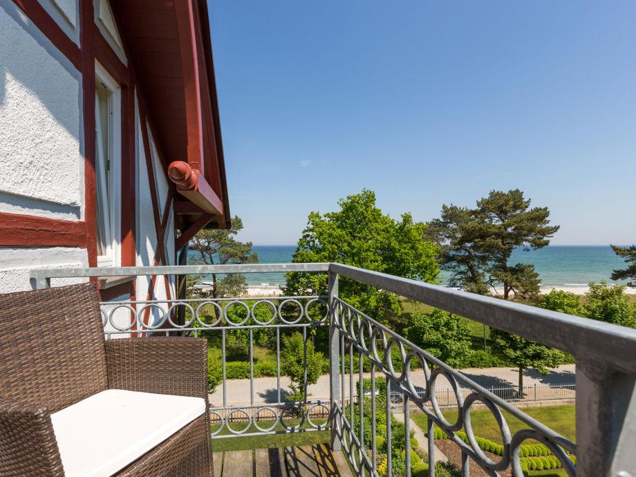 Ihr Balkon mit schönem Meerblick.