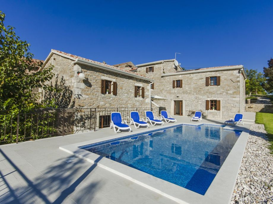 Villa Rosa mit Pool