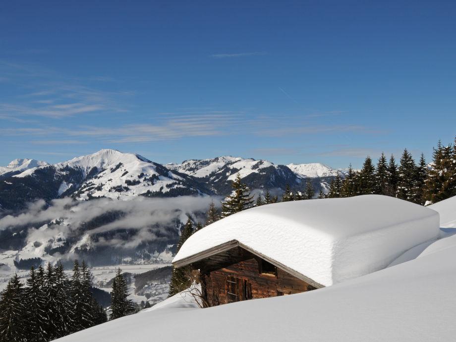 ferienwohnung eisenmann decker kitzb heler alpen firma vermietung eisenmann decker frau. Black Bedroom Furniture Sets. Home Design Ideas