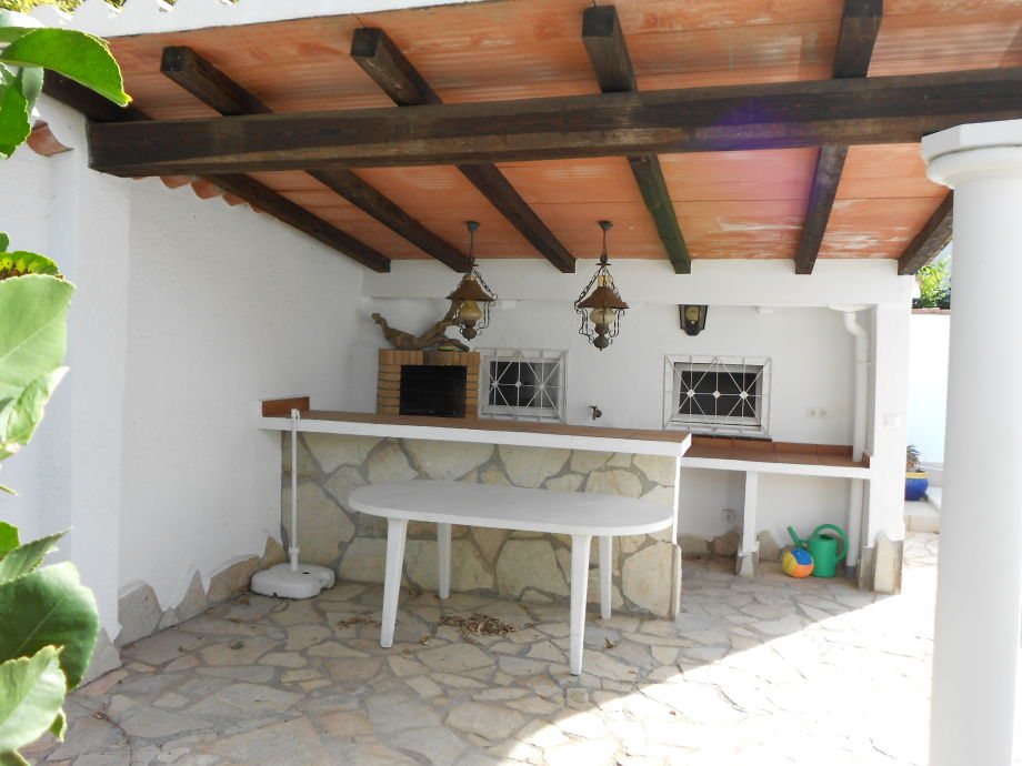 Villa mit Turm und Pool Paradies 148, Costa Brava, Empuriabrava ...
