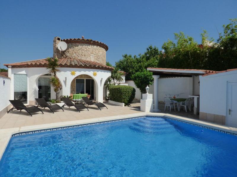 Villa mit Turm und Pool Paradies 148