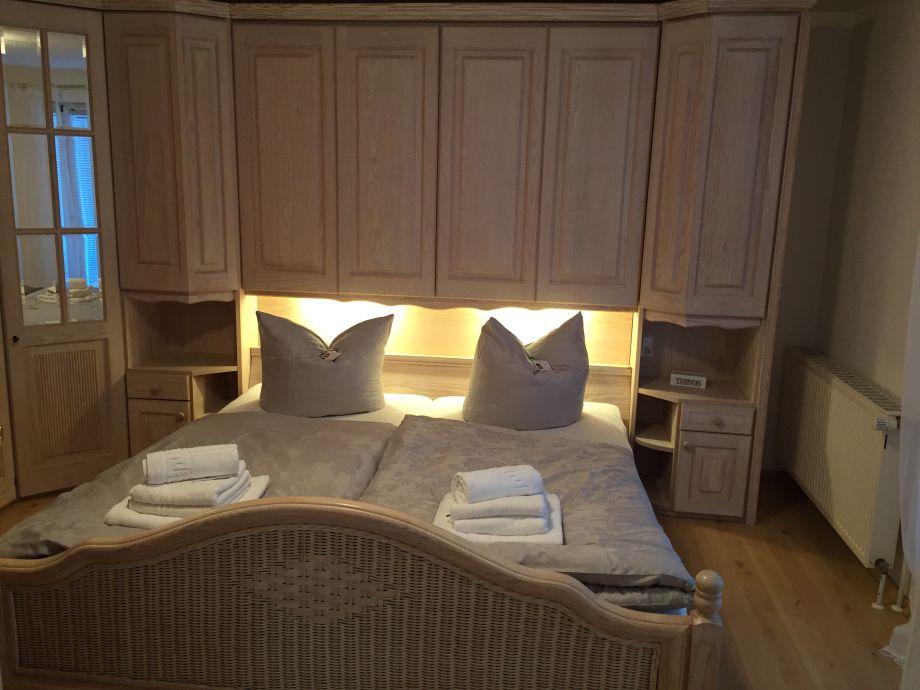 ferienhaus mit boddenblick f r 4 personen 1 kleinkind fischland dar zingst ostsee herr. Black Bedroom Furniture Sets. Home Design Ideas