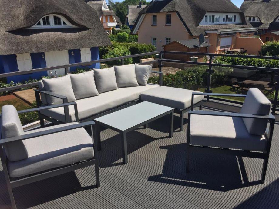Neue Dachterrasse mit Möbel aus Juni 2018