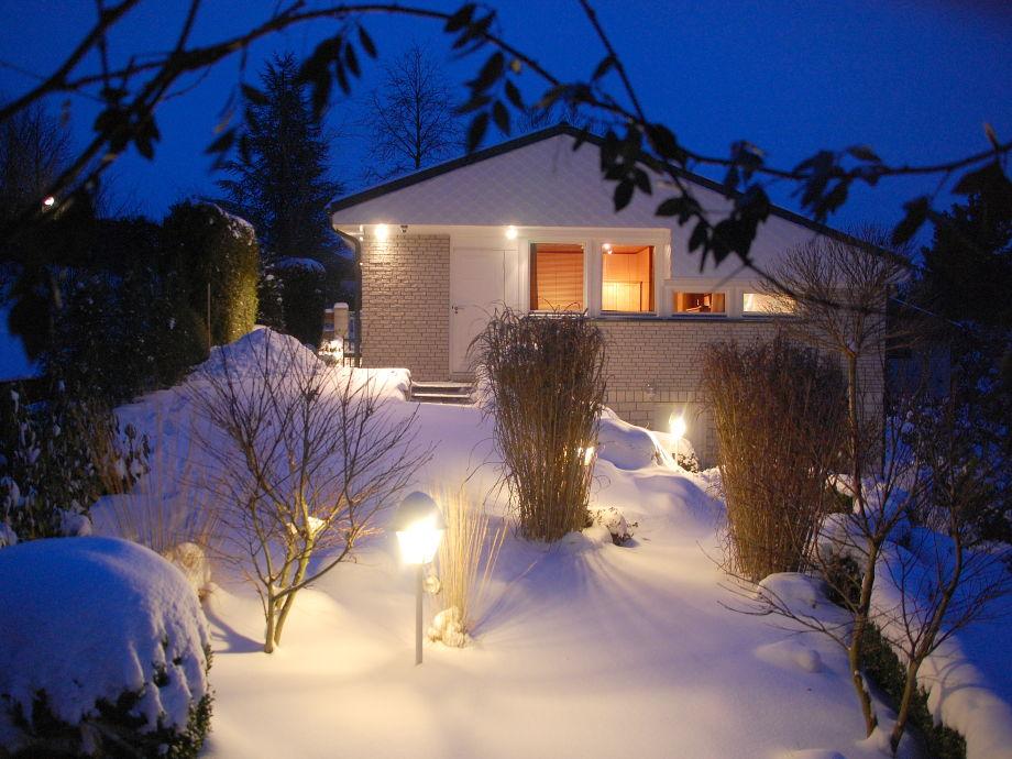 Haus und Garten im Winter