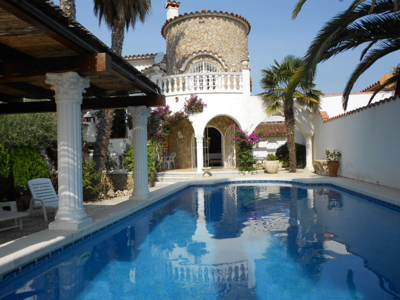 Villa mit Pool am Kanal Paradies 161
