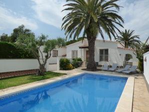 Ferienhaus mit Pool am Kanal Paradies 59
