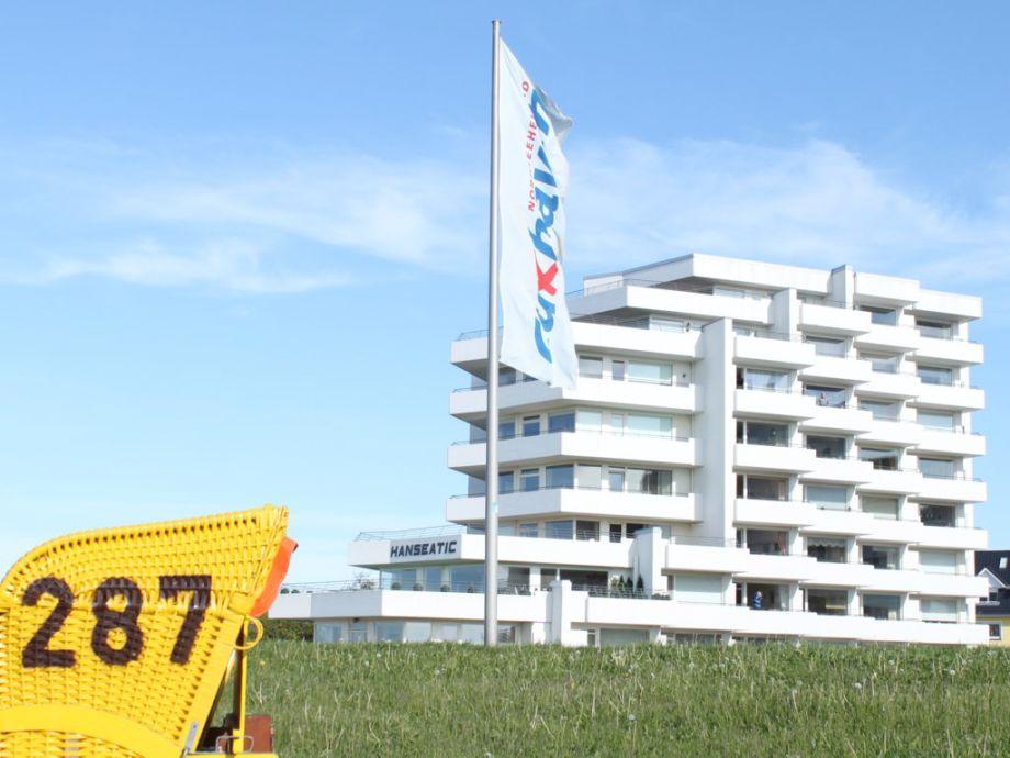 Haus Hanseatic in 1. Reihe zum Strand